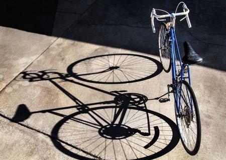 Iezīmēs pirmo velojoslu Elizabetes ielā