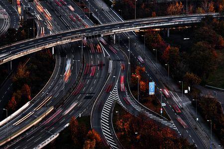 Vācija apsver jaunus pasākumus elektrisko automašīnu pieprasījuma veicināšanai