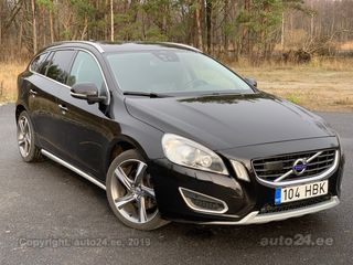 Volvo V60 SUMMUM 4x4 AWD FACELIFT MY2013 WINTER 2.4 D5 158kW