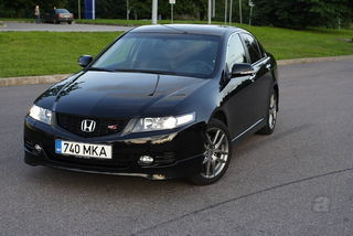 Honda Accord Type S 2.4 140kW ...