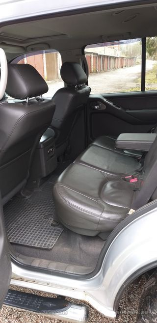 Nissan Pathfinder full time 2.5 dci 128kW