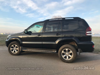Toyota Land Cruiser Executive 8 seats 3.0 D4D 127kW