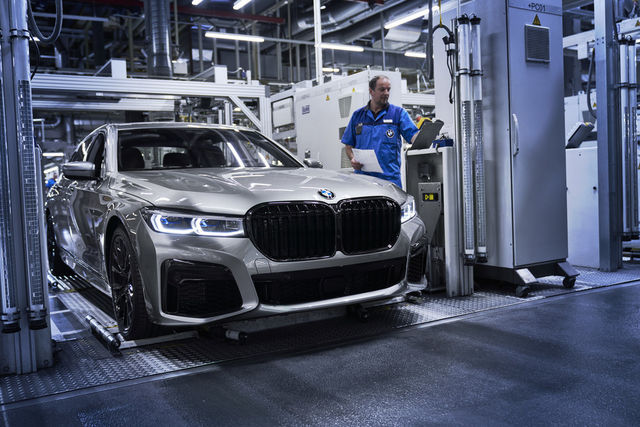 Uuenenud 7. seeria tootmine. Foto: BMW