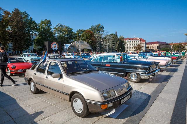 Balti keti sõit algas Vilniuse kesklinnast. Kokku läbis Sierra viie päevaga 1500 kilomeetrit. Foto: Pille Russi