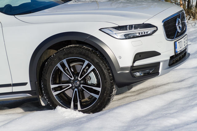 Motorsi Proovisõit - Volvo V90 Cross Country