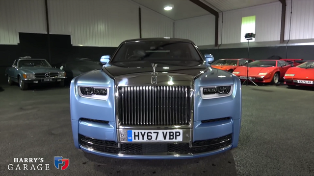 Rolls-Royce Phantom. Kaader: Youtube