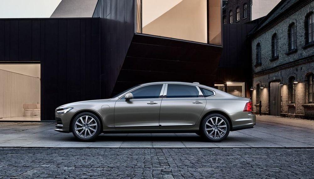 Volvo toob Euroopas müügile pikendatud kerega S90