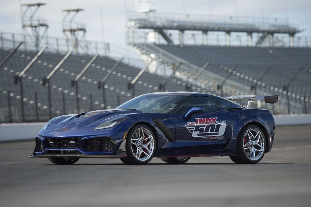 Chevrolet Corvette ZR1 on Indianapolis 500 rajaauto