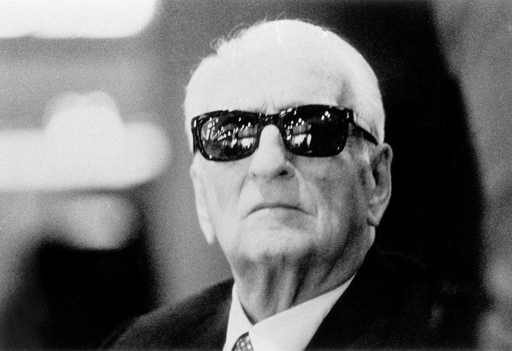 Itaalias plaaniti röövida Enzo Ferrari maised jäänused
