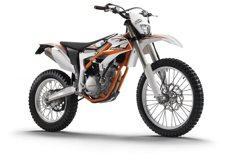 KTM kutsub hulga mootorrattaid hooldusesse